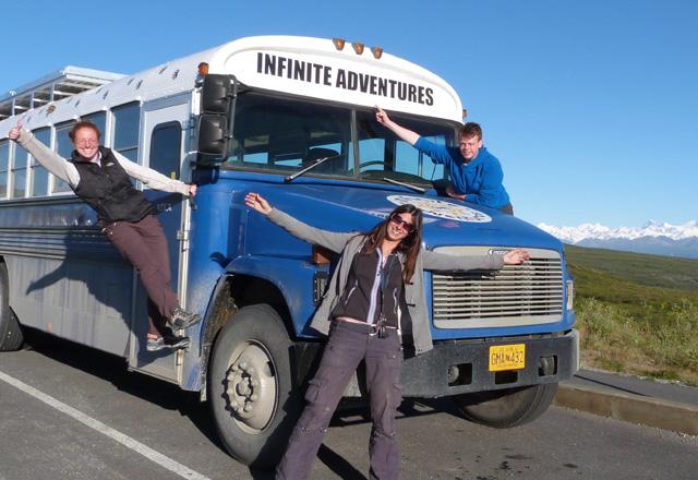 In einem umgebauten Schulbus durch den Westen der USA